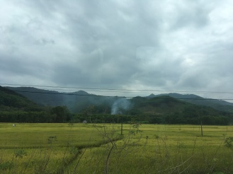 mây lang thang với khói